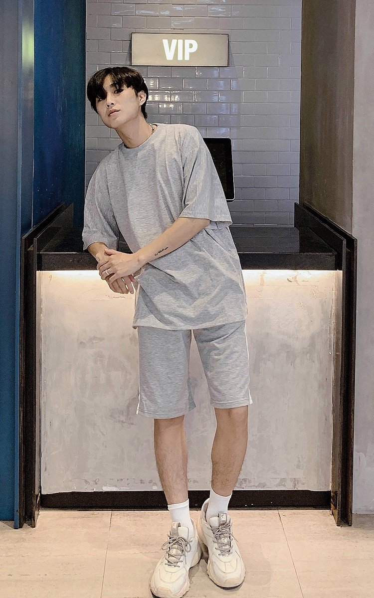 Oversized T-Shirt In Grey