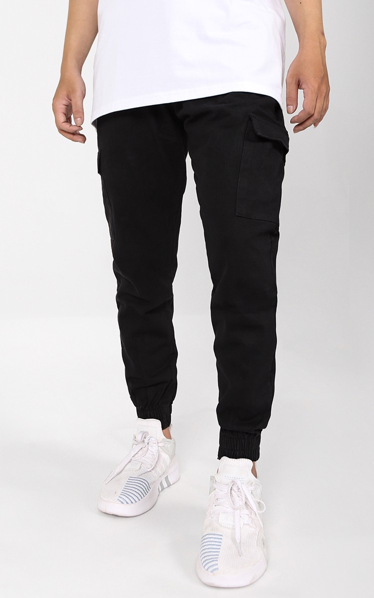Cargo Jogger Pants In Black