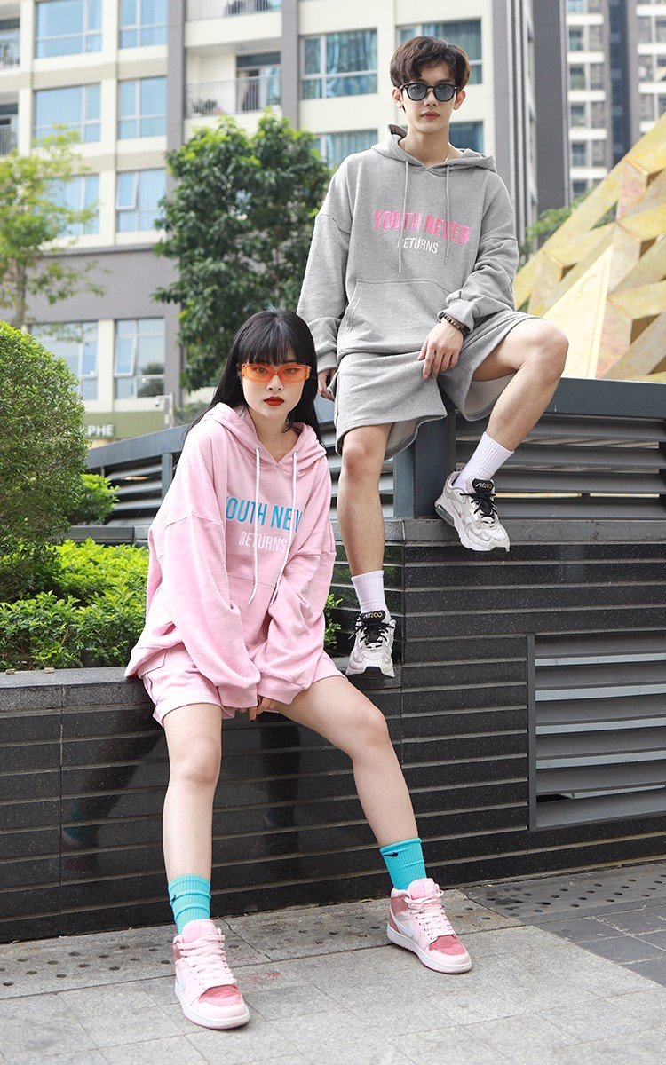 Youth Never Returns Oversized Hoodie In Pink