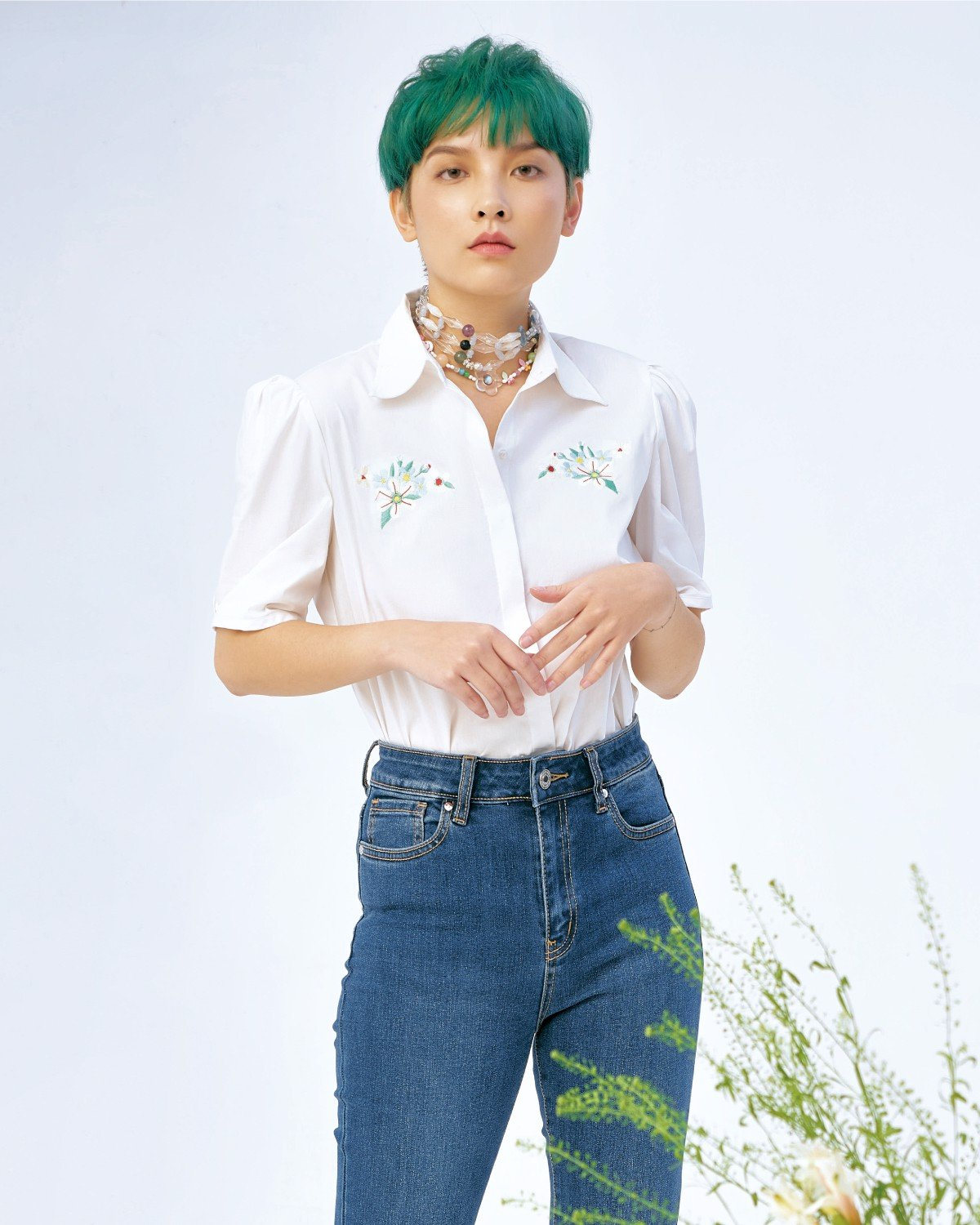 Embroidered Flower White Shirt - Pleated Sleeve