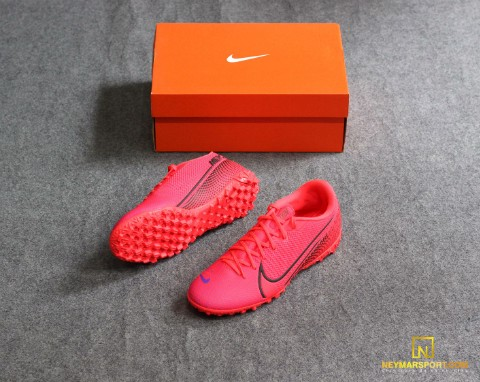 NIKE MERCURIAL VAPOR 13 ACADEMY TF FUTURE LAB - LASER CRIMSON/BLACK