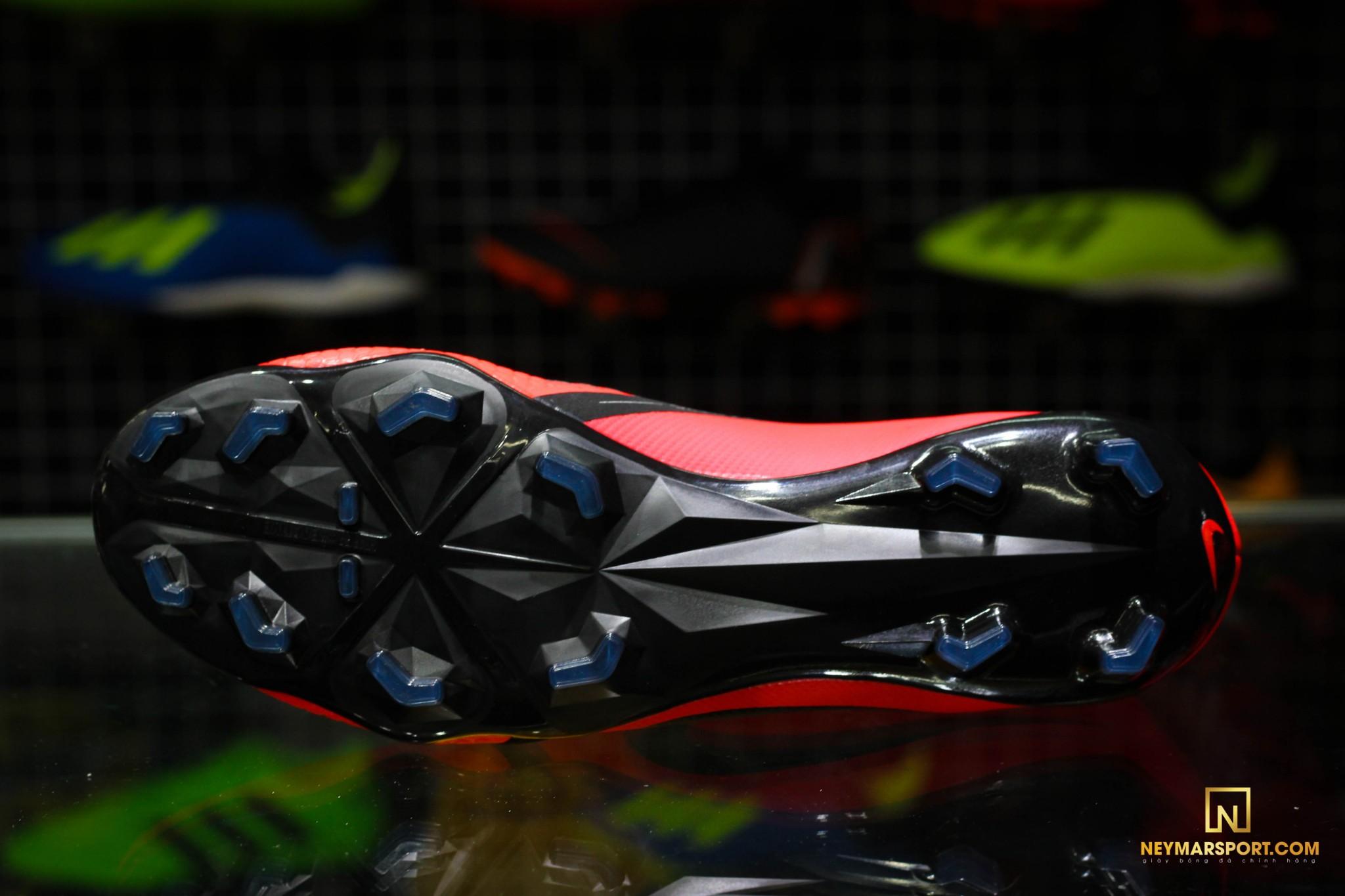Giày đá banh chính hãng. Giày đá banh Nike. Phantom Venom