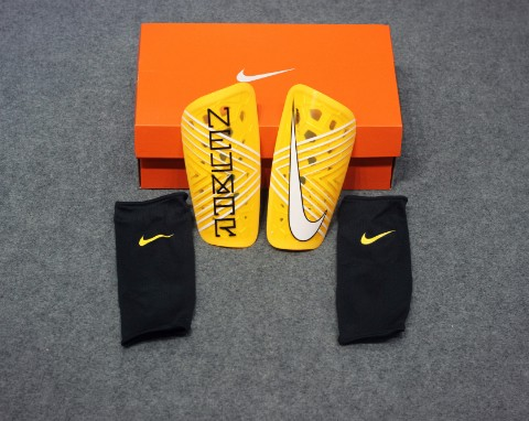 Nike Mercurial Lite Shin Guards NJR Meu Jogo Pack - Amarillo/Black