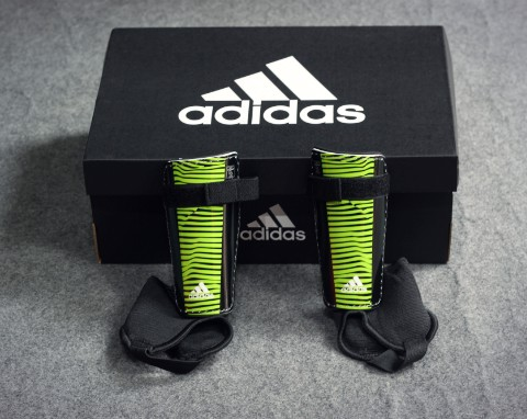 ADIDAS GUARDS X YOUTH BLACK/SOLAR YELLOW