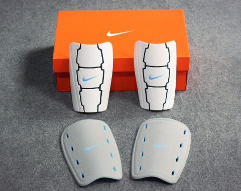 NIKE T90 Custom Moldable Shinguards