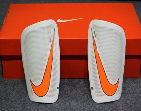 Nike Mercurial Lite Shin Guard - White/Total Orange