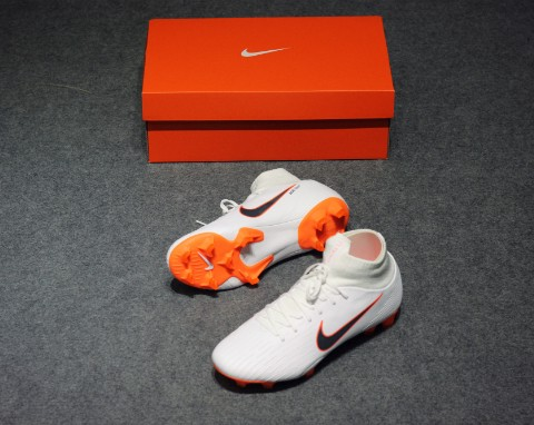 NIKE MERCURIAL SUPERFLY 6 PRO FG JUST DO IT - WHITE/TOTAL ORANGE