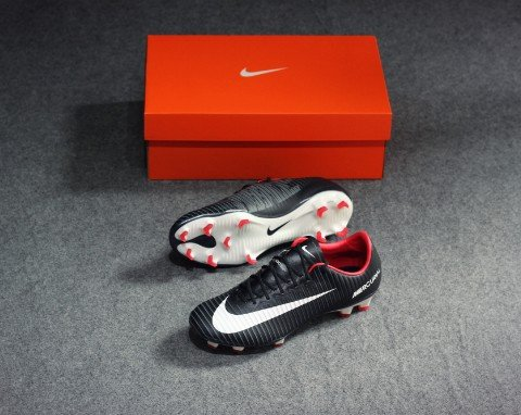 Nike Mercurial Vapor XI FG- Black/ White/ Dark Grey/ University Red