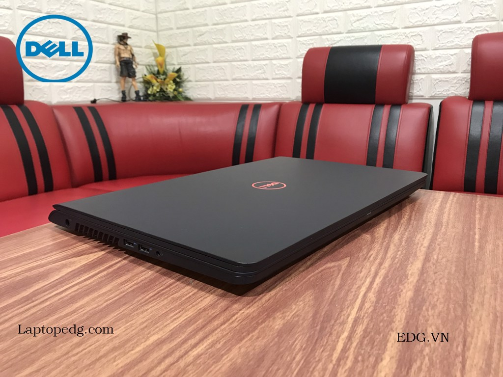 DELL 5577 Core i5-7300HQ 8GB SSD256GB GTX1050 4GB 15.6 FHD