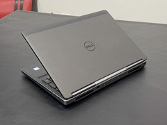 Dell Precision 7520 i7-7820HQ 16GB SSD 512GB M2200M FHD