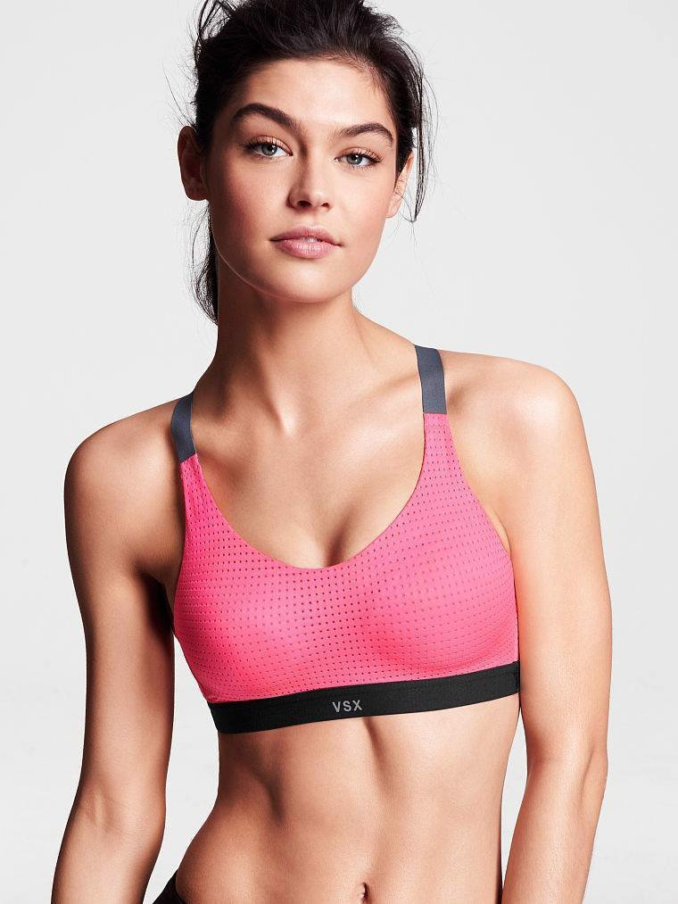 Victoria's Secrect - Lightweight by Victorias Secret Sport Bra