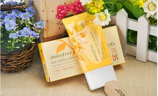 Kem chống nắng Innisfree eco safety daily sunblock water base spf 35+ PA+++ 50ml