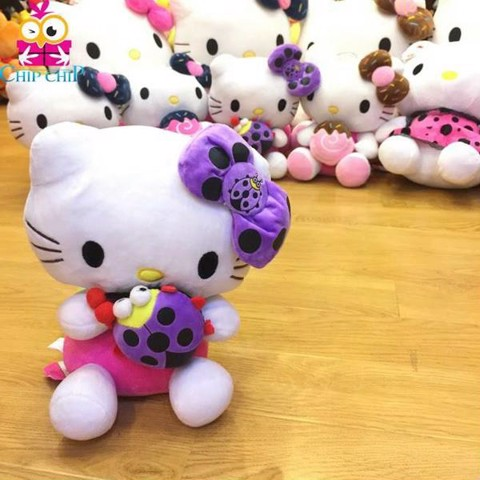 Kitty ôm bọ tim 38cm