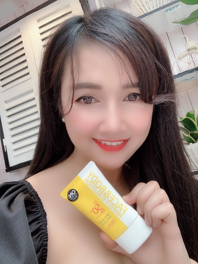 Kem chống nắng Face & Body Perfect Sunlotion SPF50+ PA+++