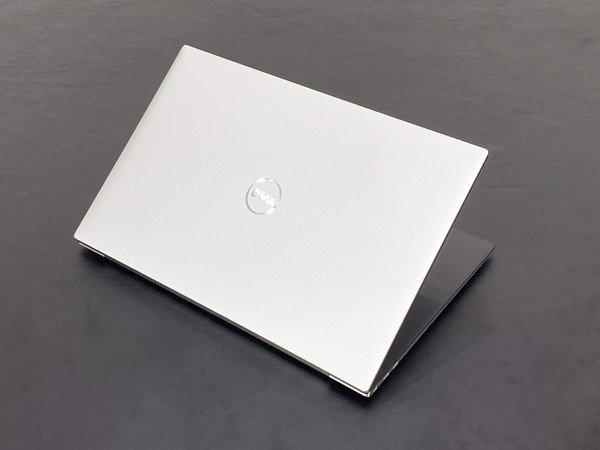 Dell XPS 17 9700 i7-10875H 32GB 1TB RTX2060 4K