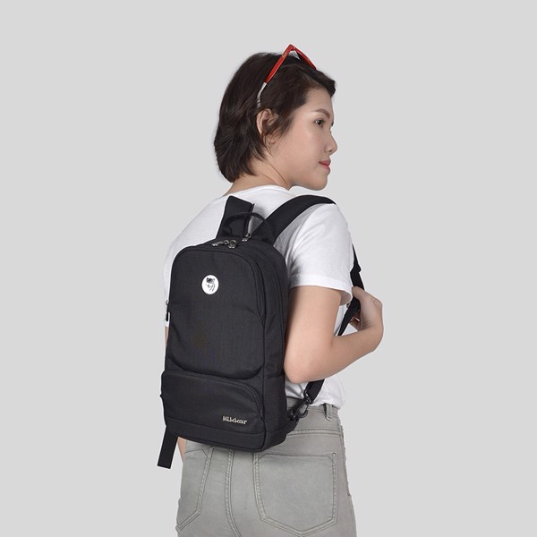 The Betty Slingpack Black