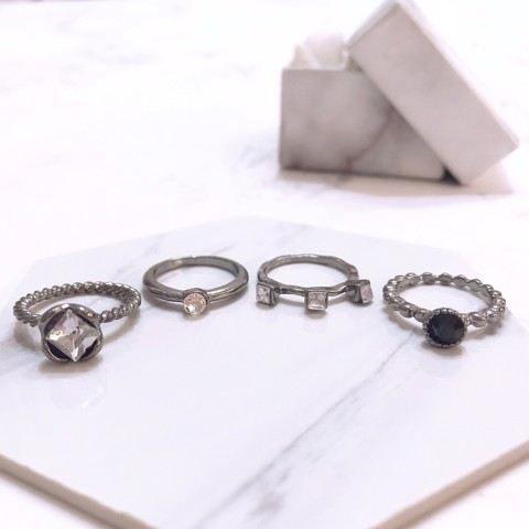 Set 4 Nhẫn Midi Ring BlackGem- TATIANA - NH2361 (Đen )
