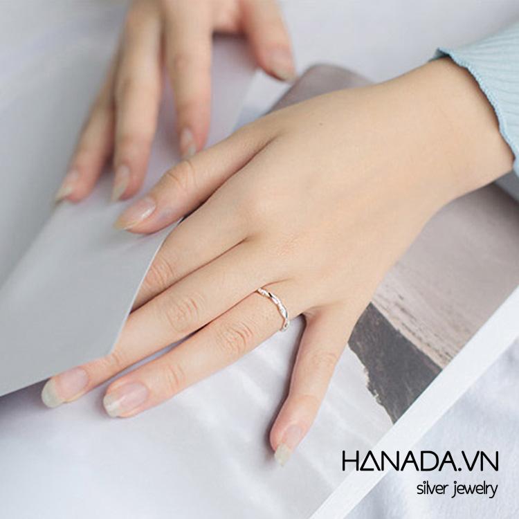 Nhẫn Bạc 925 Hanada Xoắn Đá R01 6