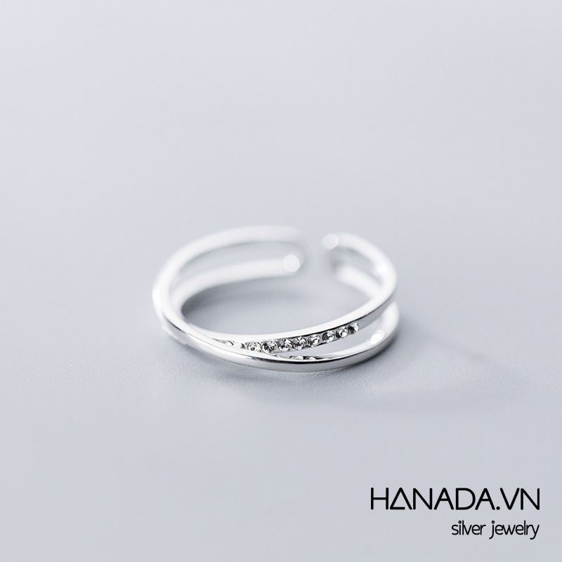 Nhẫn Bạc 925 Hanada N34.R.2.B.240.0060 Thanh Chéo Đá