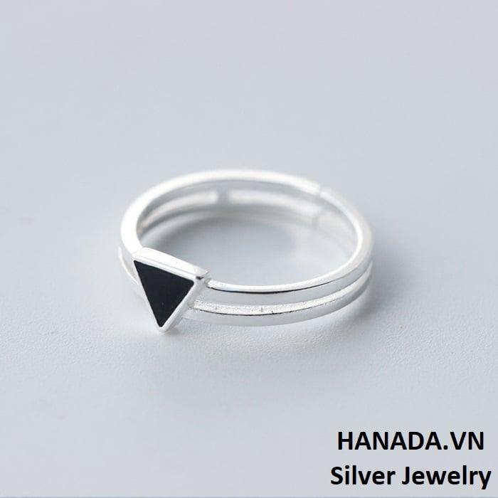 Nhẫn Bạc 925 Hanada N12.R.0.B.180.0017 Tam Giác Đen