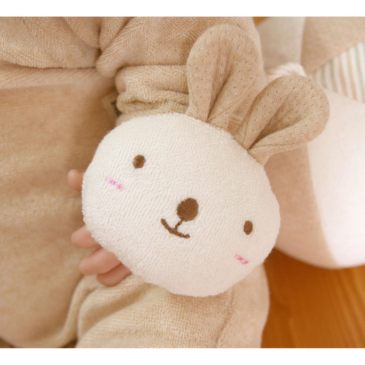 JOHN N TREE Rabbit Doll wrist rattle 10cm