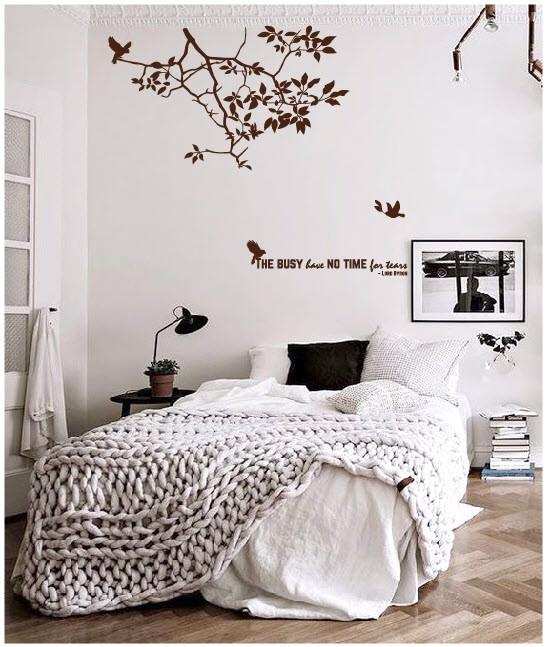 Decal dán tường phòng ngủ