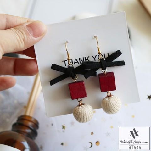 hoa tai là một trong những món phụ kiện mang đến thần thái và cá tính cho bạn nữ