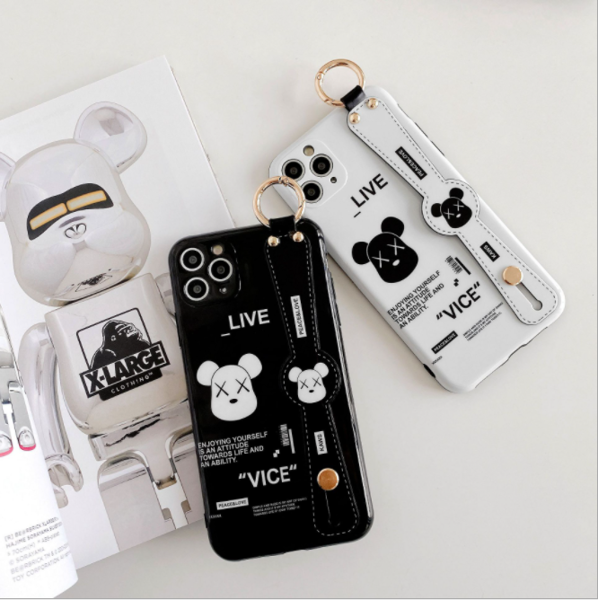 Ốp Lưng Silicone Chống Sốc Bear Rich Cho iPhone 11 Pro