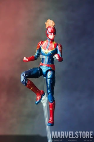 Captain marvel (marvel legends nonreal) V2
