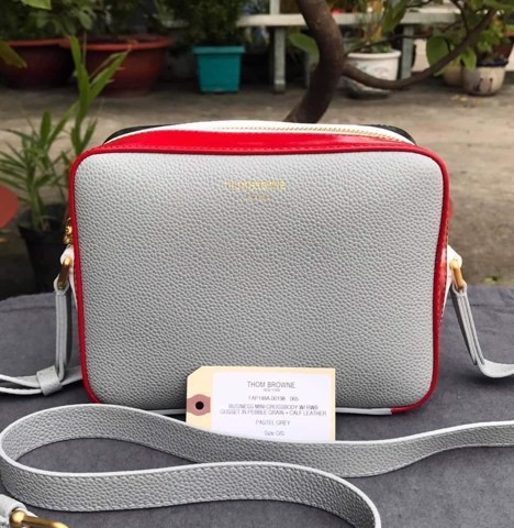 TÚI THOM Browne Mini Business Leather Camera Bag