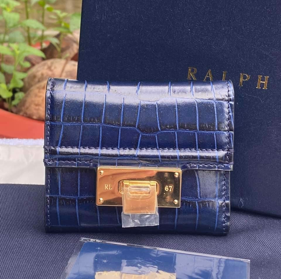 VÍ RALPH Laurent Collection Calfskin Petite Hinge-Lock Wallet