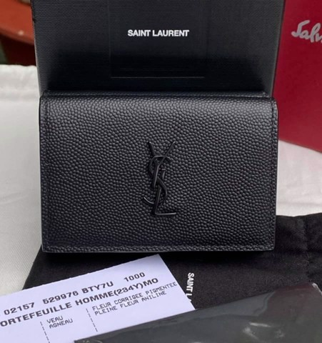 VÍ SAINT Laurent Monogram Wallet