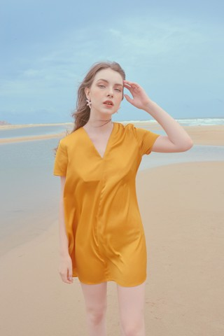 Tent Short Yellow Sleeves Silk Dress