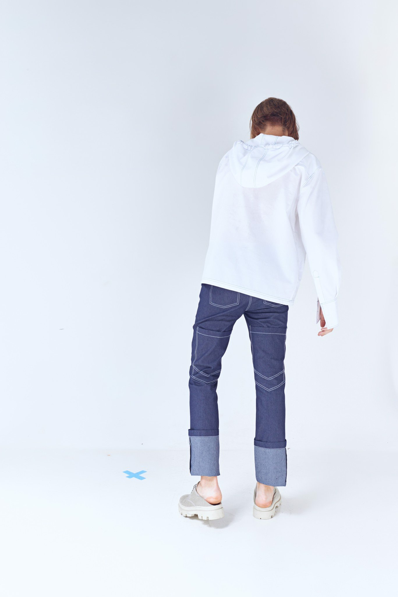 High-rise Cuffed Dark Denim Pants