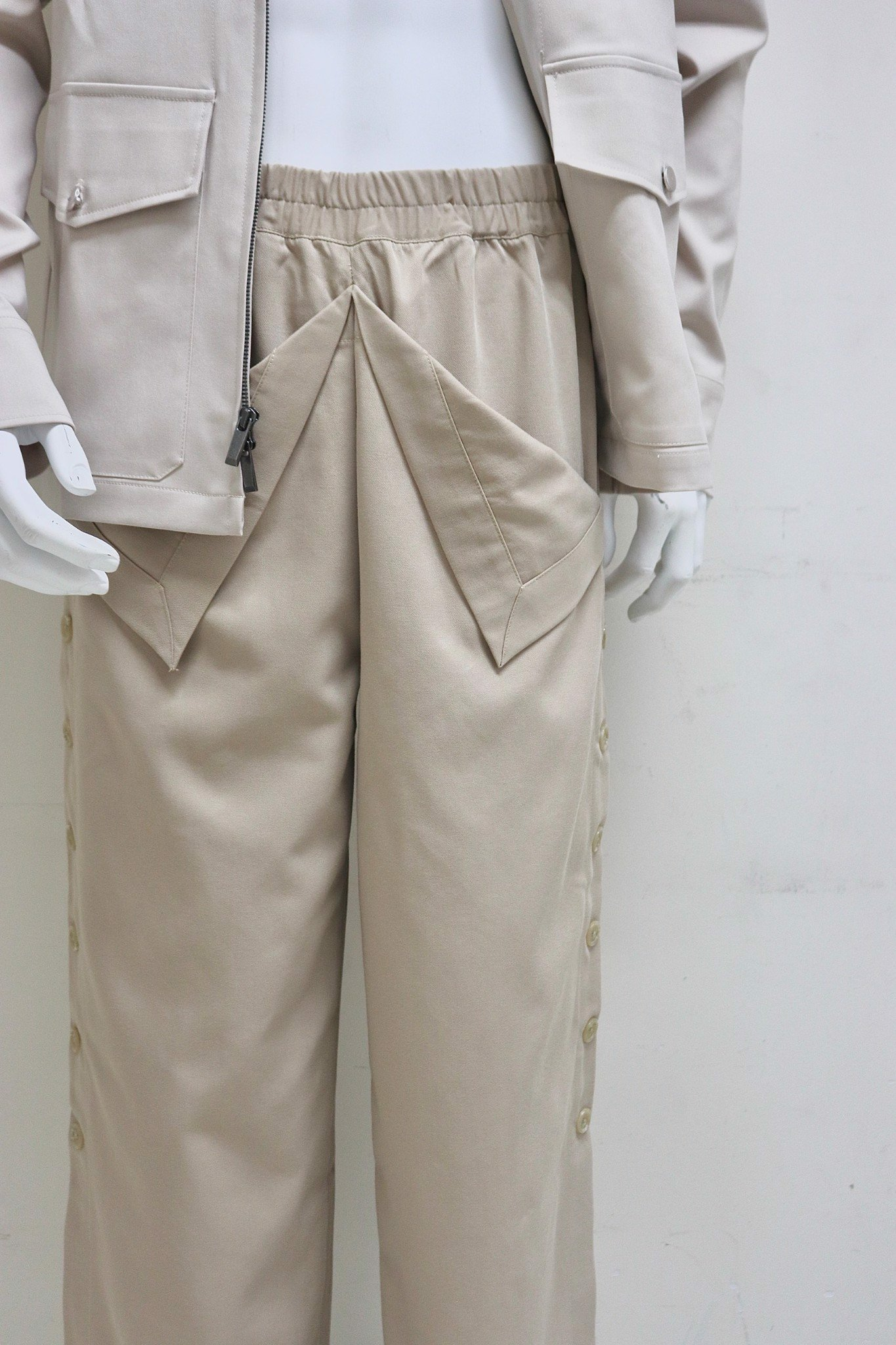 Button Line Pants