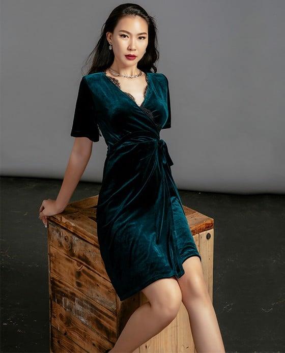 Đầm Nhung Tuyệt Đẹp Đầm Đi Tiệc | Thời trang thiết kế Hity. Áo đẹp thời trang nữ chất liệu cao cấp, thương hiệu Việt Nam uy tín mang đến những bộ sưu tập thời trang chất lượng cao và dịch vụ tận tâm.