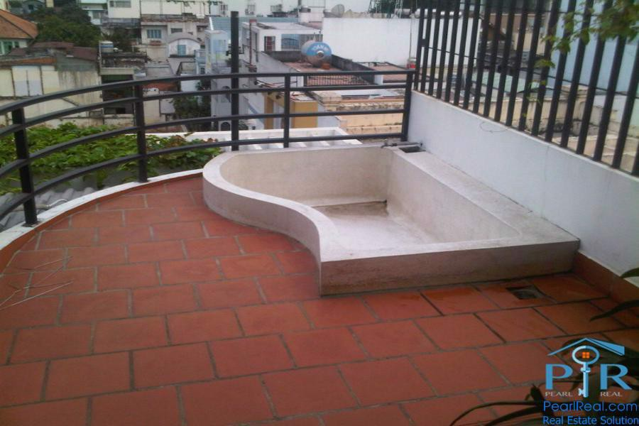 Duplex  apartment with large terrace for rent in District 3, HCMC