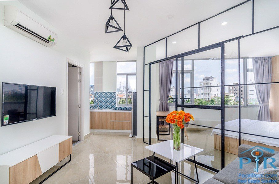Modern serviced apartment for rent in Truong Sa Street, Phu NhuanDist