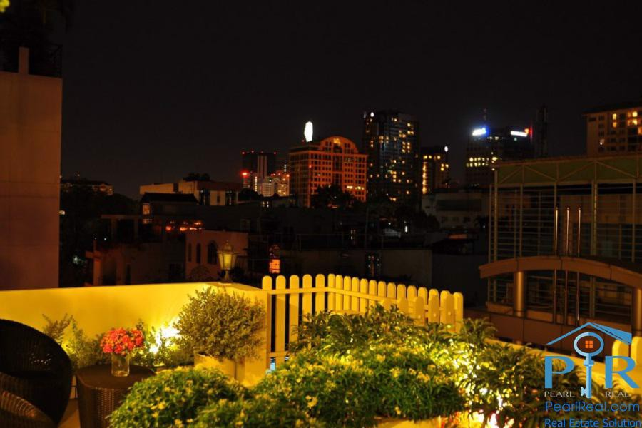 Beautiful landscape garden for rent in district 1, Ho Chi Minh