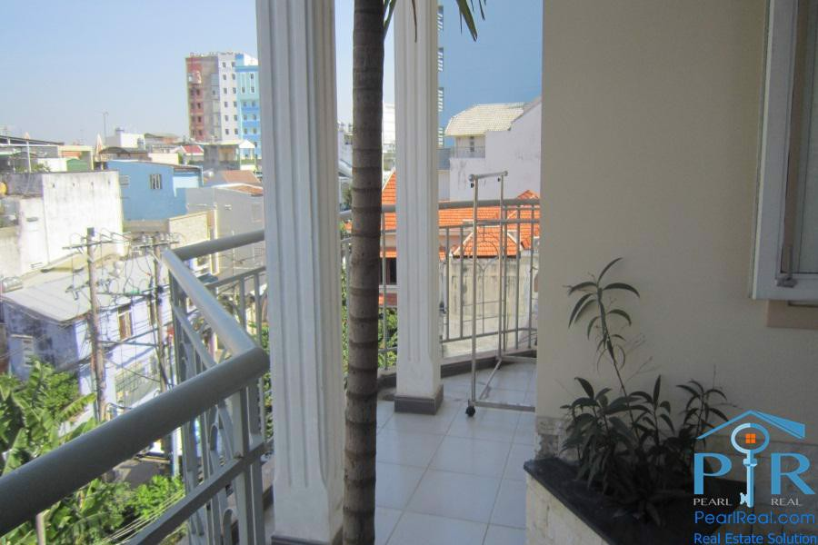 Spacious apartment for rent in Phu Nhuan Dist