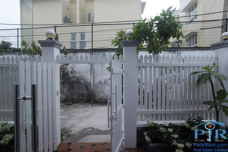 House for sale in big alley in Tran Nao street, Binh An ward, HCMC