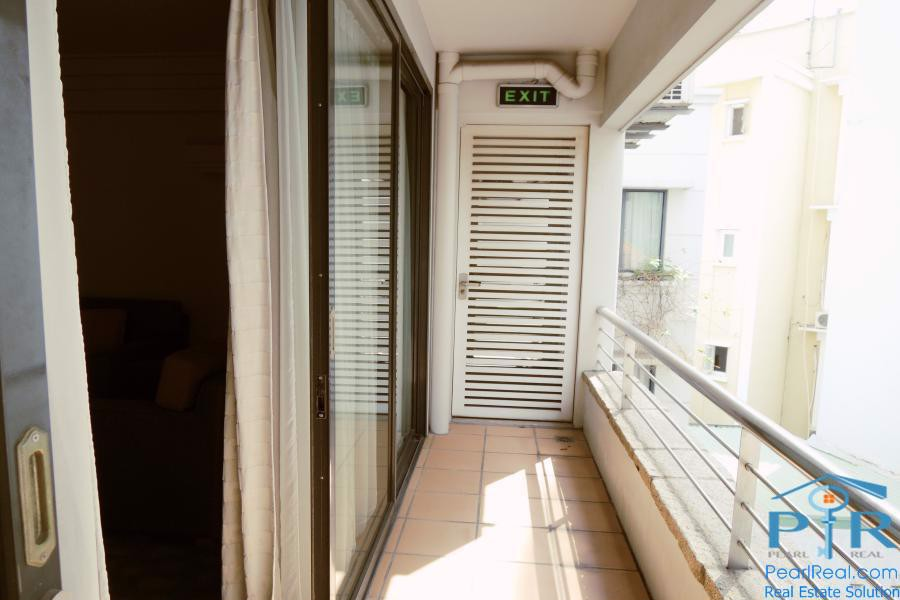 Serviced apartment building in quiet area for sale, in district 3