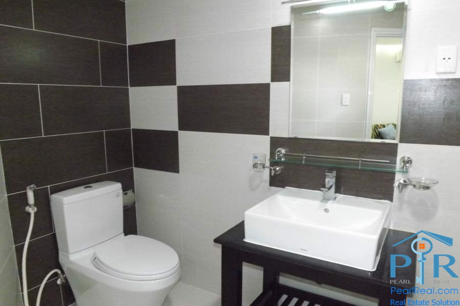 International Plaza serviced apartment for rent in district 1