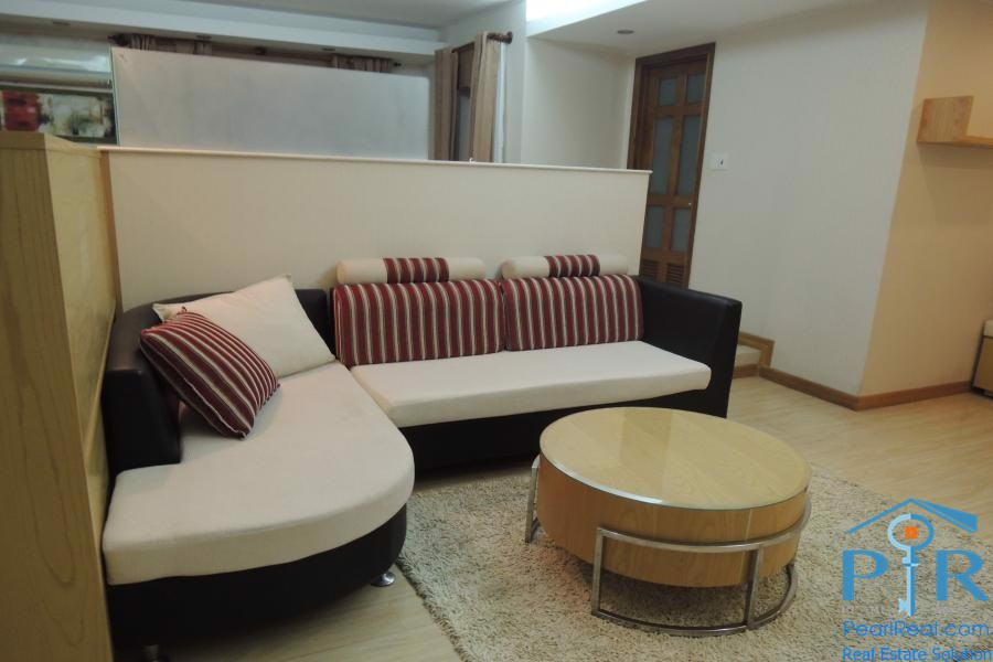 International Plaza – Spacious Studio For Rent, District 1