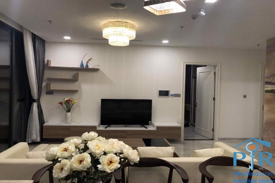 Modern Apartment in Vinhomes Golden River, HCMC