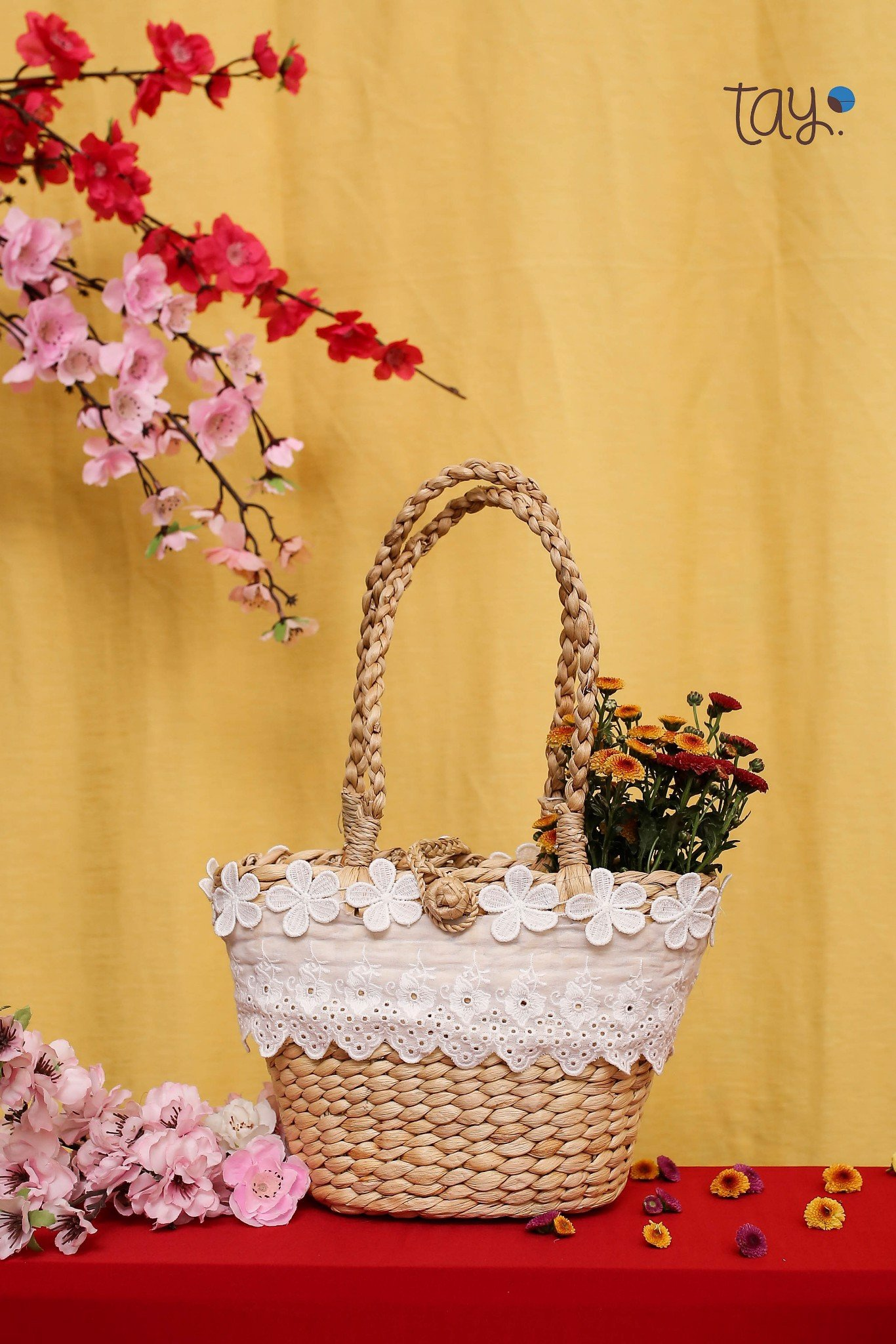 MOON STRAW BAG