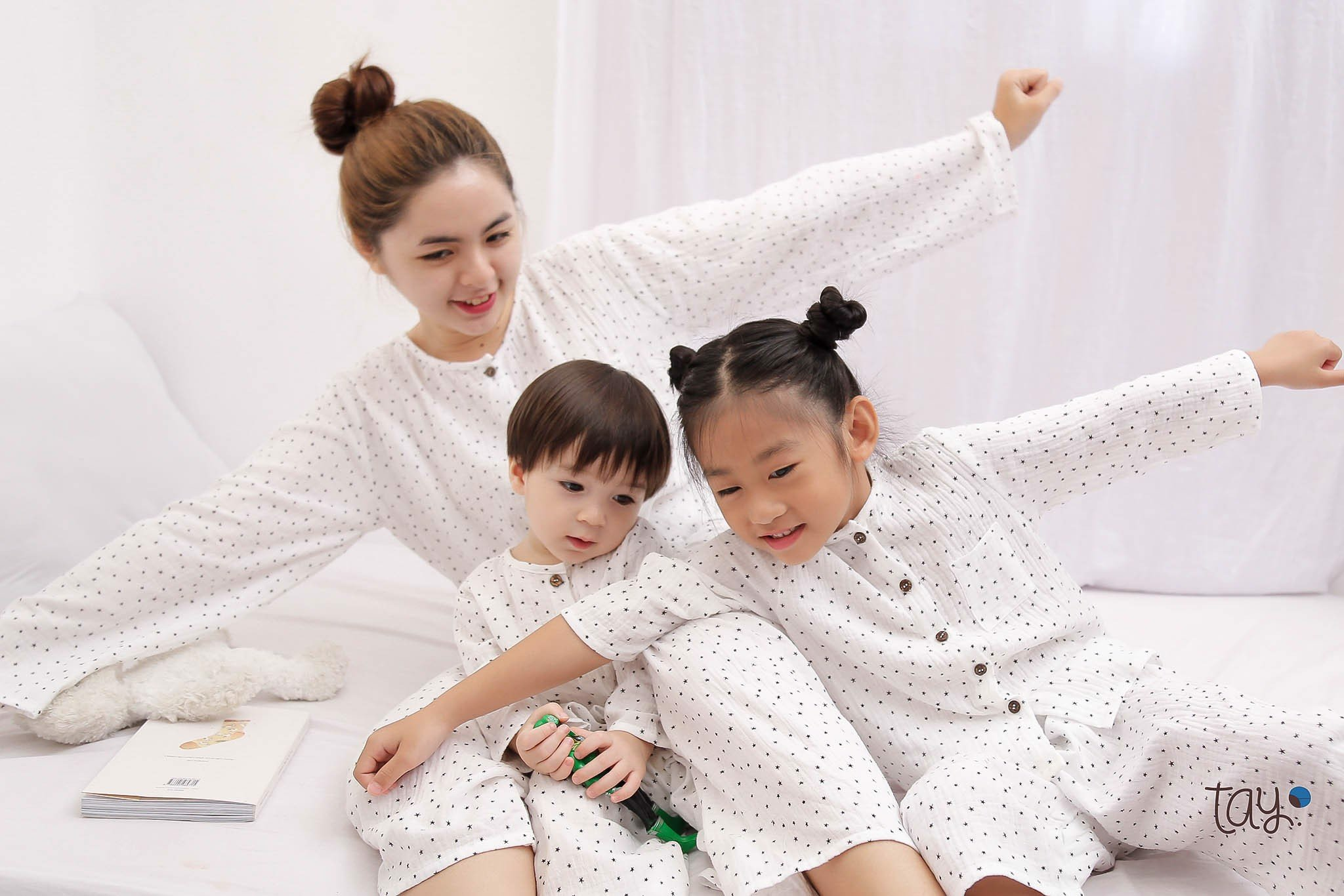STAR WHITE MM PAJAMAS