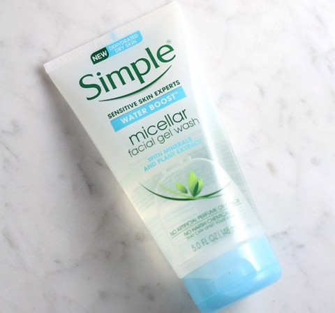 SIMPEL WATER BOOST MICELLAR FACIALGEL WASH