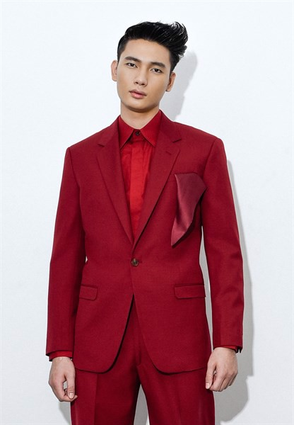 Scarlet red blazer