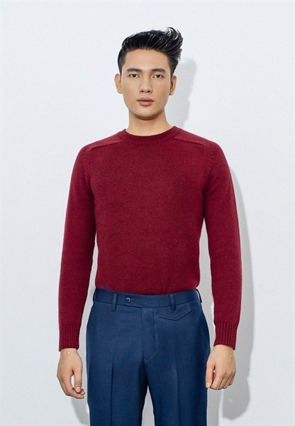 Currant red round neck long sleeve jumper